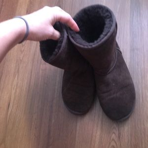 Uggs dark brown and tan